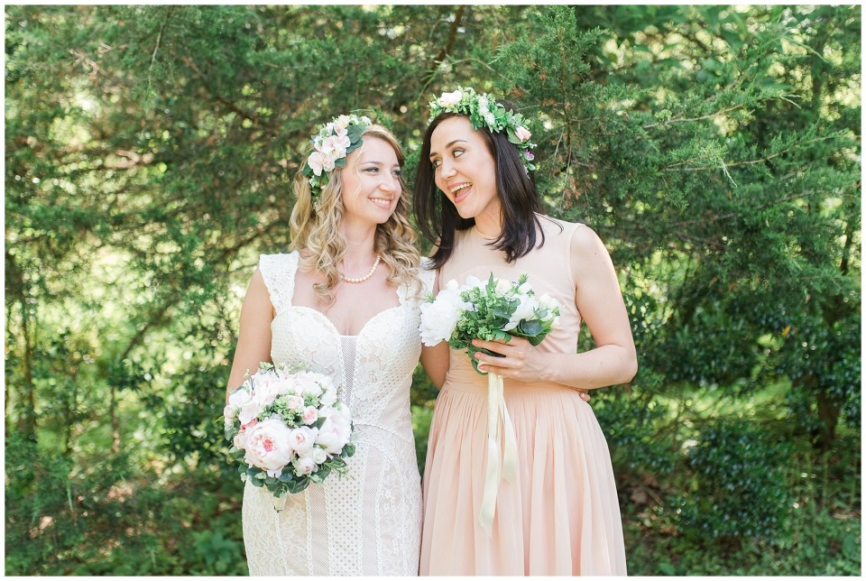 aldie-mill-rustic-chic-greenery-outdoor-wedding-photo-northern-virginia-wedding-photographer-emily-alyssa-wedding-photo-51.jpg