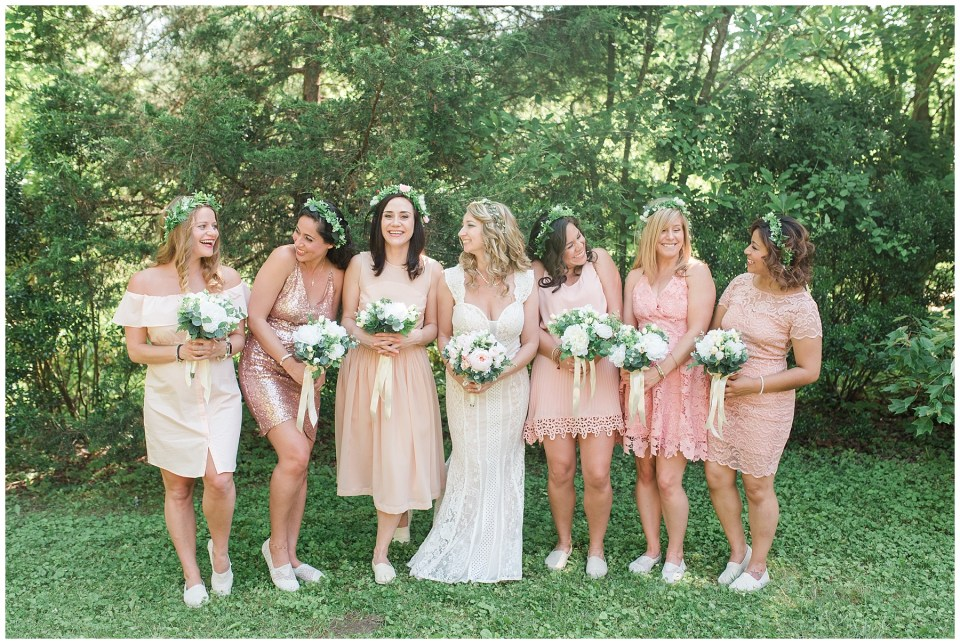 aldie-mill-rustic-chic-greenery-outdoor-wedding-photo-northern-virginia-wedding-photographer-emily-alyssa-wedding-photo-54.jpg
