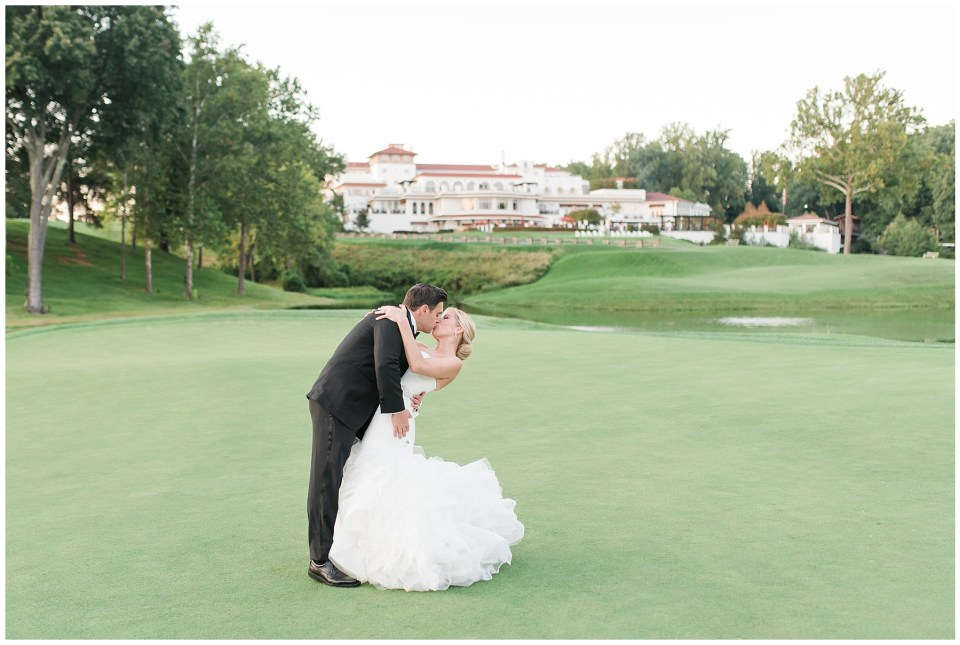 congressional country club newlywed portrait on golf green