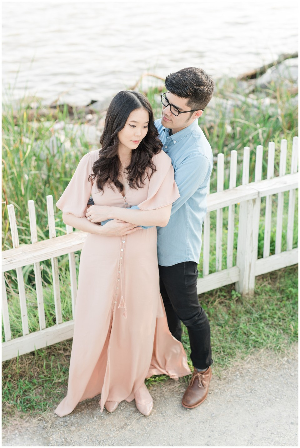jones-point-park-alexandria-maternity-session-photos-emily-alyssa-photography-14.jpg