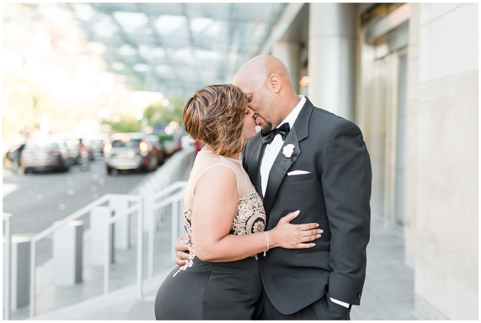 marriott-marquis-hotel-proposal-engagement-photos-dc-wedding-photographer-photo-28.jpg