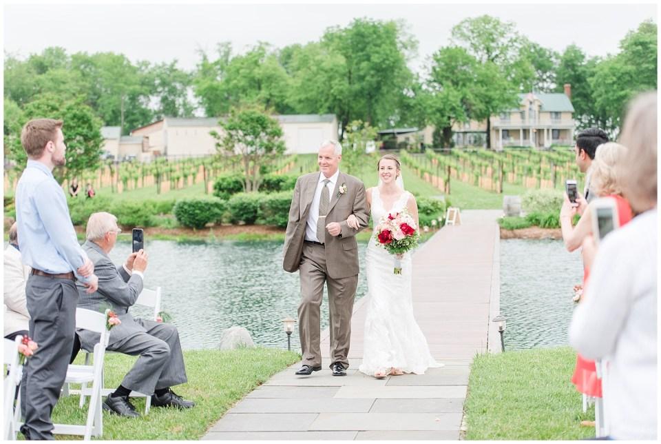 culpeper-virginia-outdoor-waterfront-wedding-ceremony-photo
