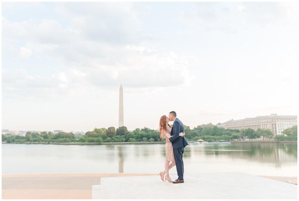 jefferson-memorial-engagement-photos