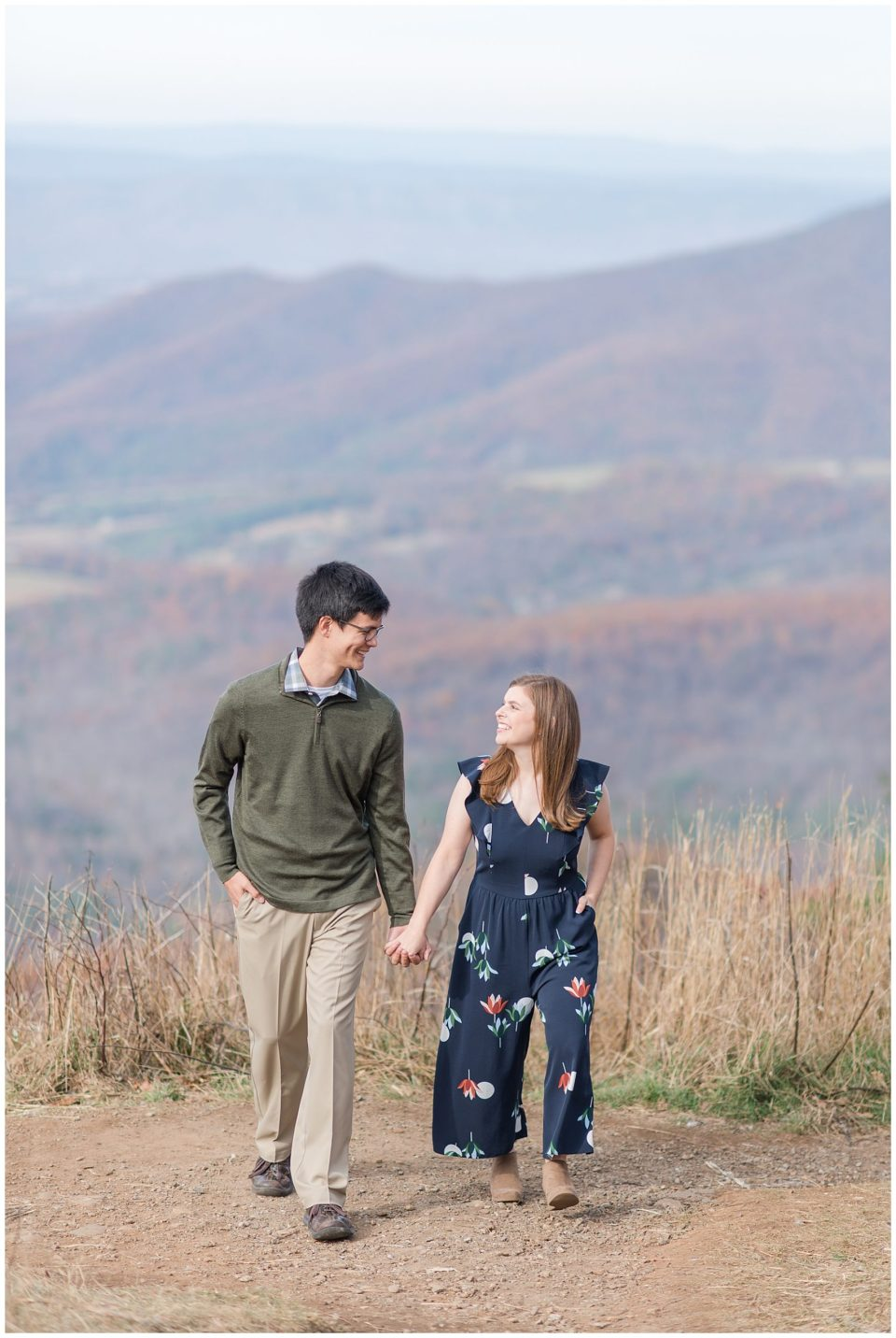 Shenandoah-national-park-mountain-engagement-photos