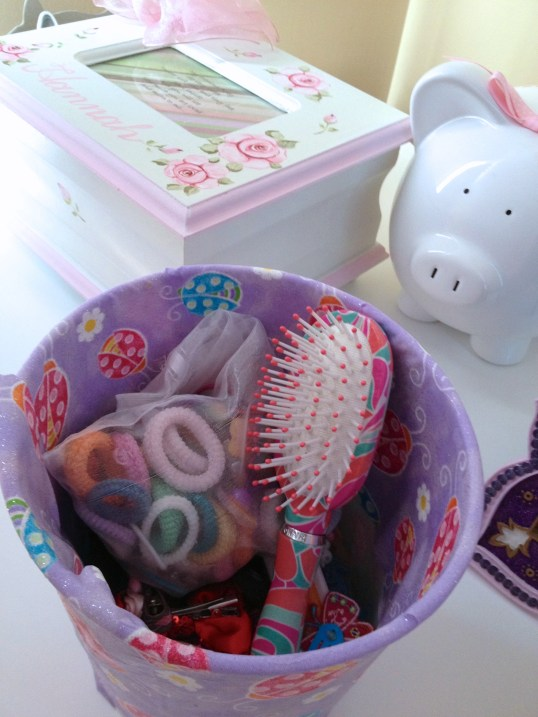 Recycled Flower Pot Containers for Girls Room