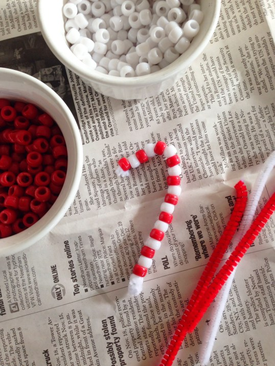 Pipecleaner Candy Cane #xmascraftaday