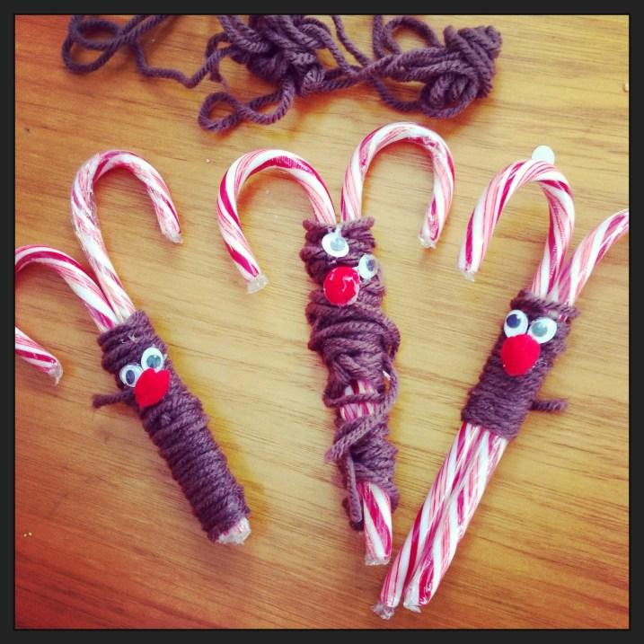 Candy Cane Reindeer #xmascraftaday