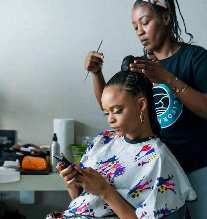 Lila Ike hair stylist