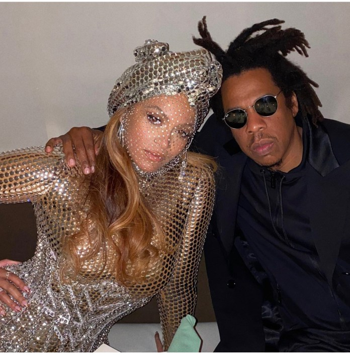 Beyoncé Wore This Custom Burberry Dress With Jay Z