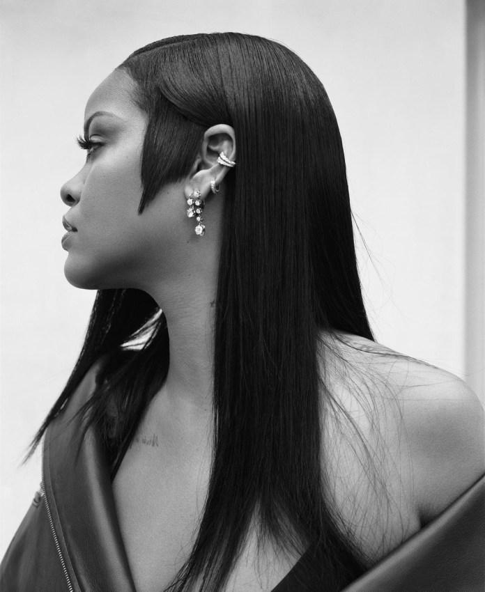 Rihanna Is Launching a Fenty Perfume