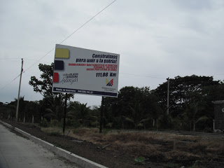 Ecuador road sign