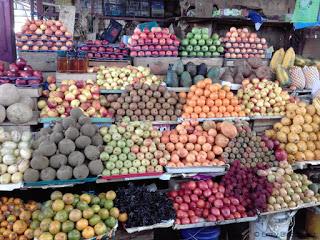 Fruit, Feria Libre, Cuenca, Ecuador