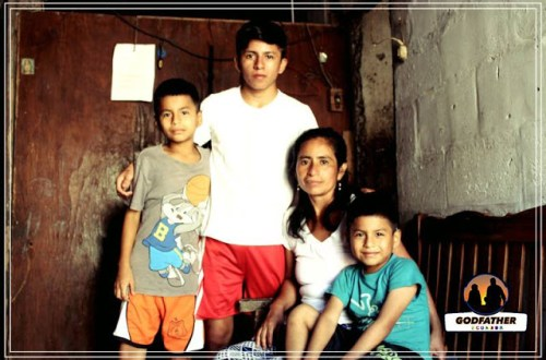 Family benefiting from charity Godfather Ecuador
