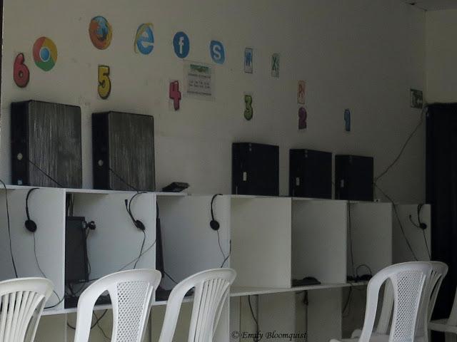 Puerto Lopez, Ecuador internet cafe