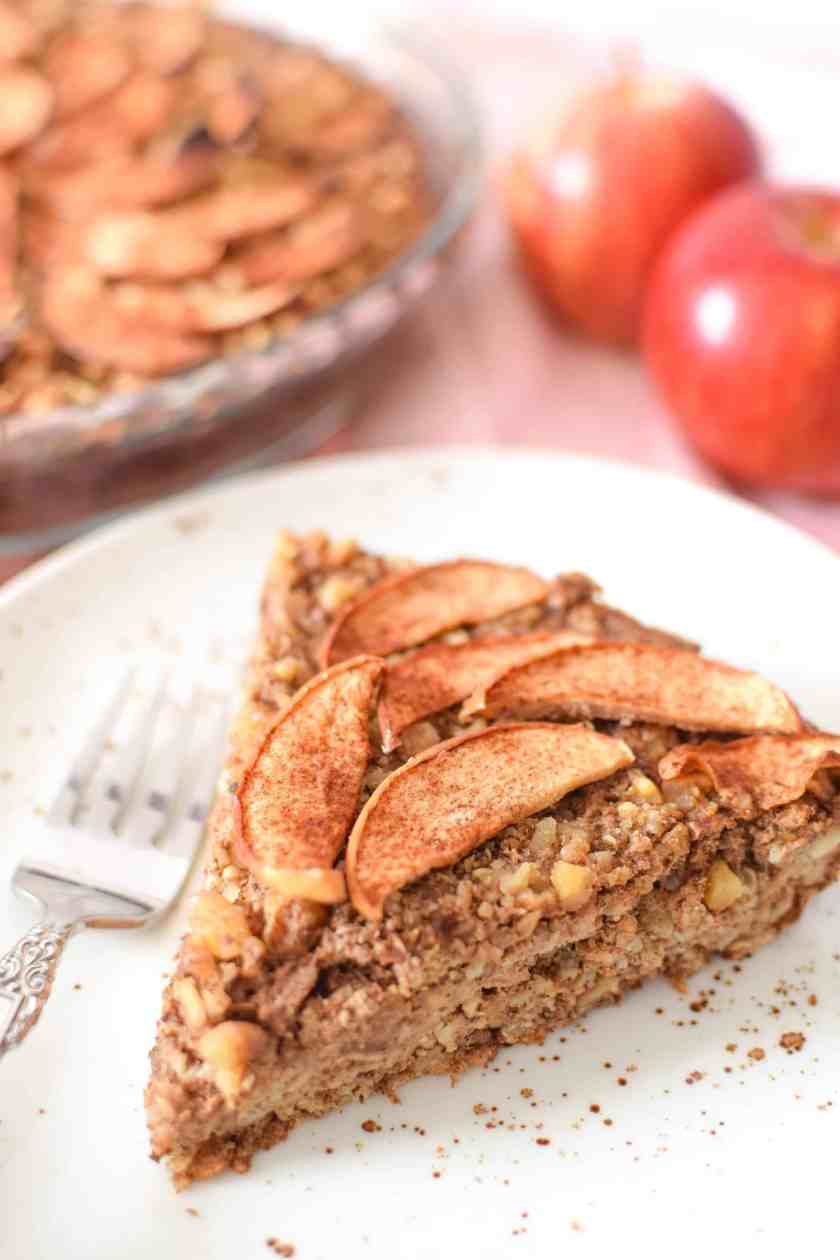 Apple & Cinnamon Baked Oatmeal Pie