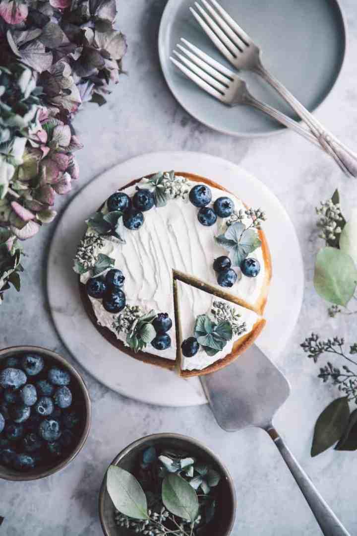 Lemon Cake with Mascarpone Buttercream