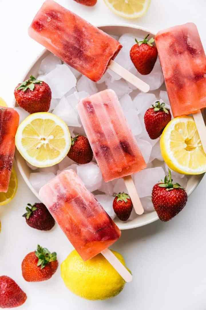 Quick & Simple Strawberry Lemonade Popsicles