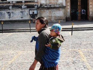 A mother with her child in La Antigua, Guatemala