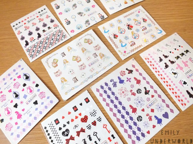 alice-in-wonderland-nail-decals-1