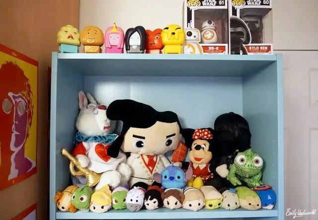 top-bookshelf