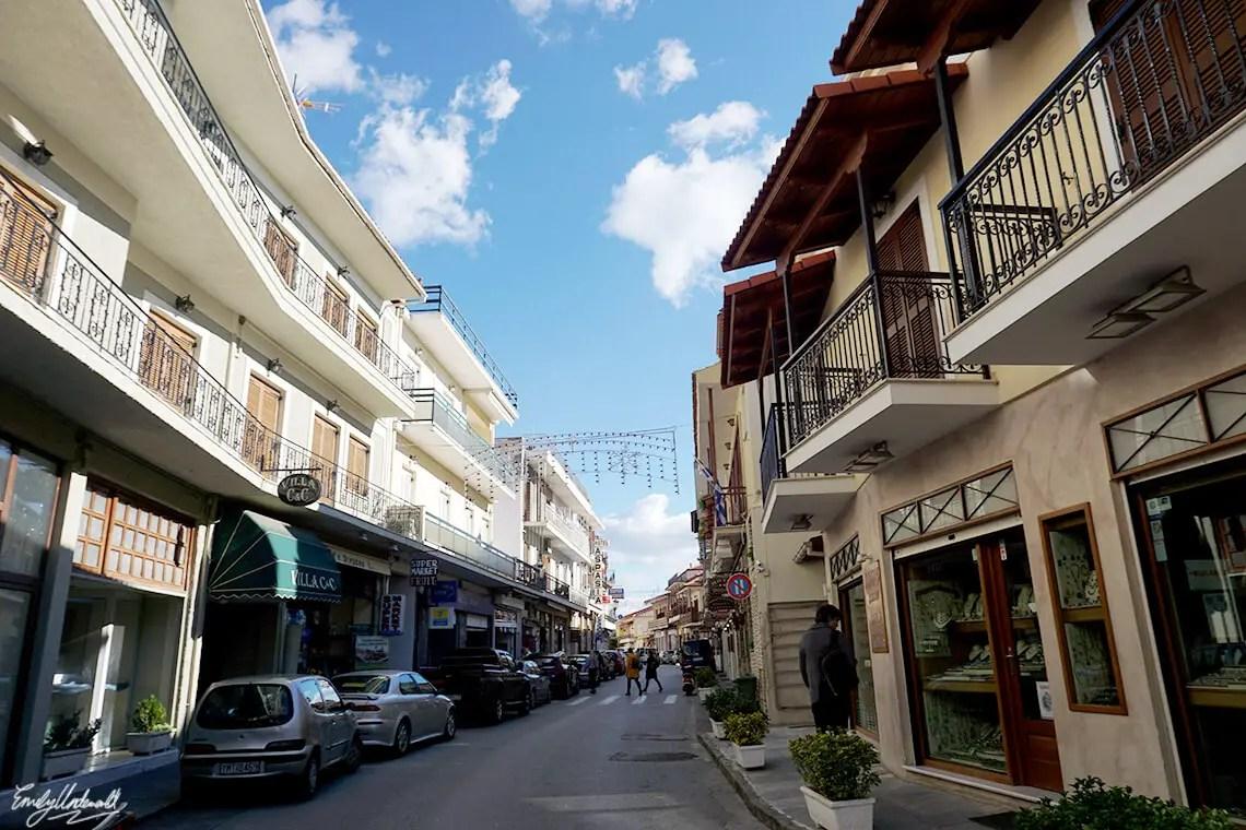 delphi-town-3