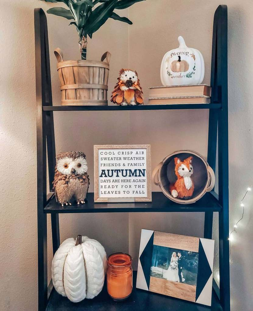 shelf styling with pumpkins and ladder shelf for fall