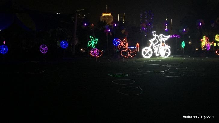 dubai-garden-glow-pictures-images-2015-emirates-diary-025