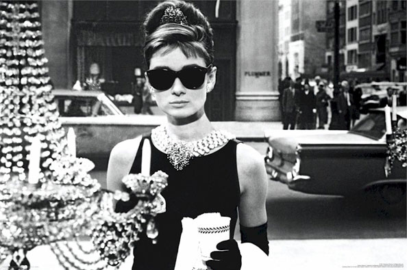 audrey-hepburn-window-shopping-breakfast-at-tiffanys-movie-poster-CNst4090