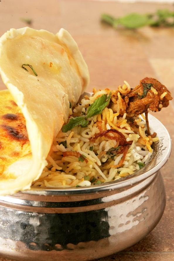 Murgh noormahal biryani recipe by sanjeev kapoor emirates woman sanjeev kapoor murgh noormahal biryani forumfinder Images