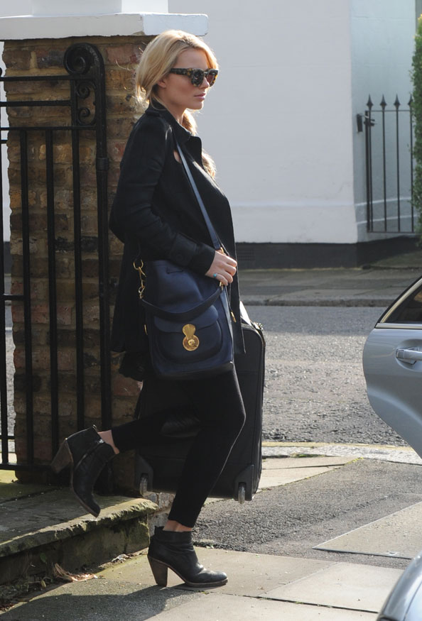 e2604313a1 Margot Robbie with Ricky Drawstring Bag in cadet blue