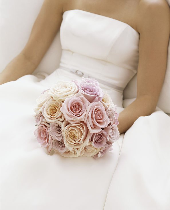 10 Popular Flowers Perfect For A Desert Wedding