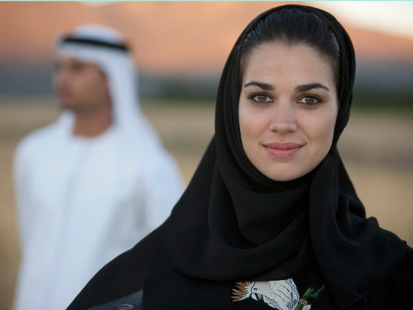 arab couple, emirati men marry foreigners