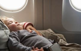 Parents, Here's How To Help Your Kids Get Over A Fear Of Flying