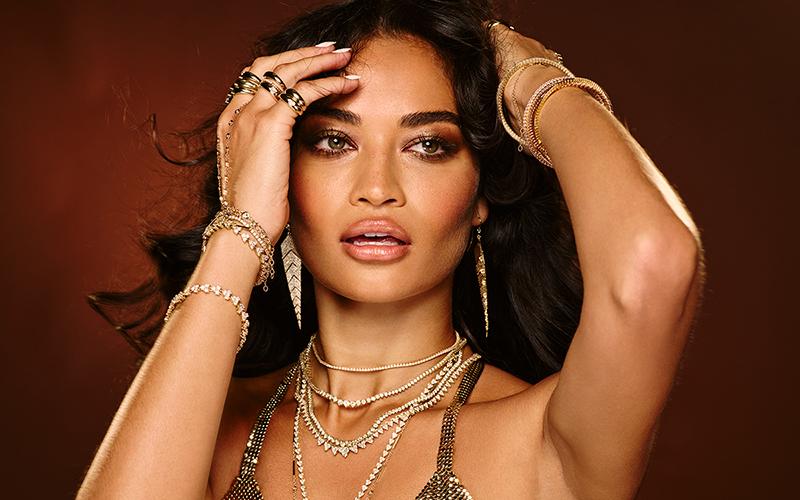 Shanina Shaik acquie-Aiche-jewellery