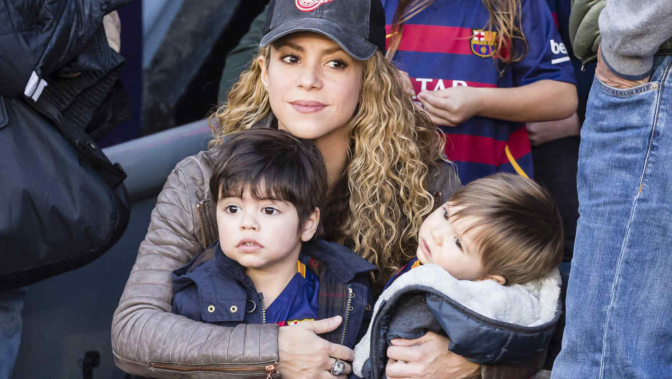 Image result for shakira gira hijos