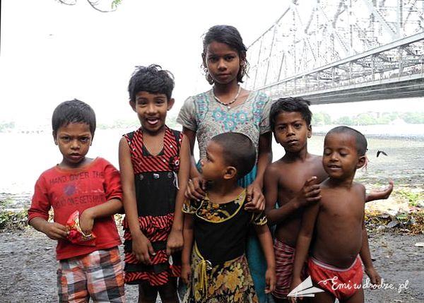 dzieci_Kalkuta