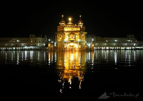 Golden_Temple_noca