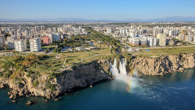Antalya'da Nisan Ayında Konut Satışları