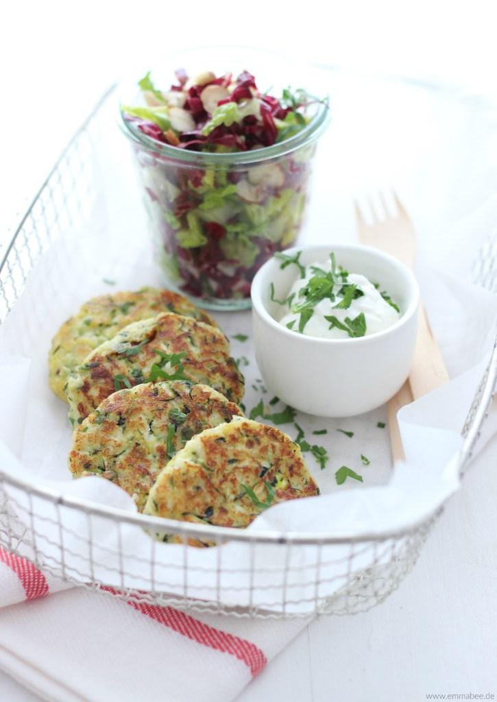 {Rezept} Halloumi Taler mit Salat und Kräuterquark