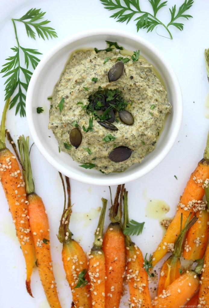 {Rezept} Ein neues Kochbuch und das perfekte Rezept für eine gesündere Alltagsküche: Kürbiskernpesto mit Sesam-Karotten