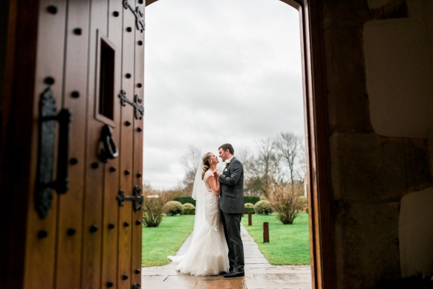 a rainy wedding at stanley house