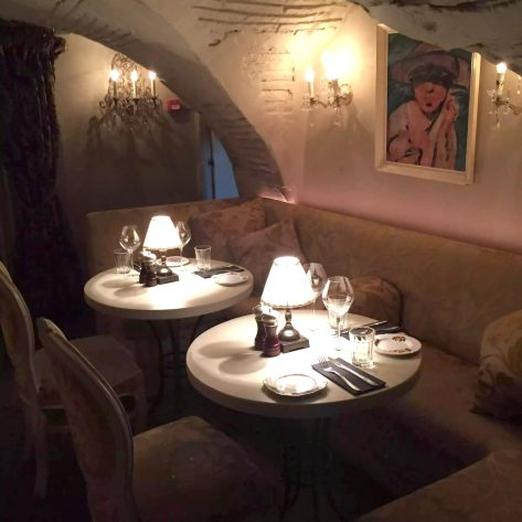 Beach Blanket Babylon Restaurant Notting Hill Birthday Dinner Tables Dining Room Cosy Romantic