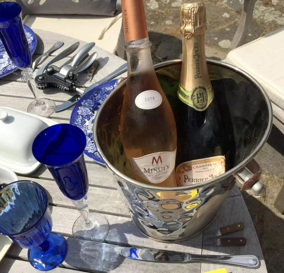 Fathers Day BBQ Marleys Family Sunshine Outdoor Dining Garden Celebration Meat Salads BBQ Lunch Healthy Perrier Jouer Minuty Champagne Rose Wine