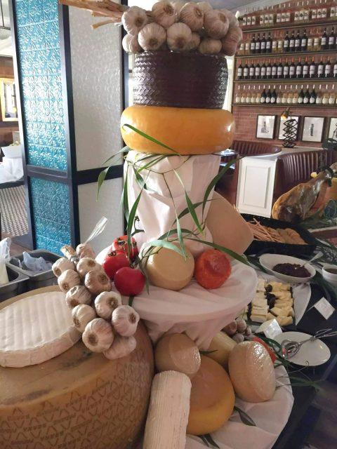 Bovino Love Brunch Quinta do Lago Algarve Portugal Pool Party Cheese