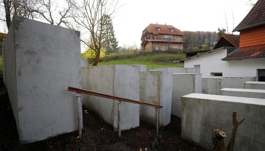 holocaust-reuters-1120 (1).jpg