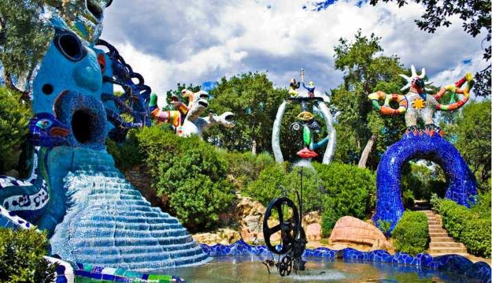 Niki-de-Saint-Phalle-The-Tarot-Garden-image-via-yourtuscanycom