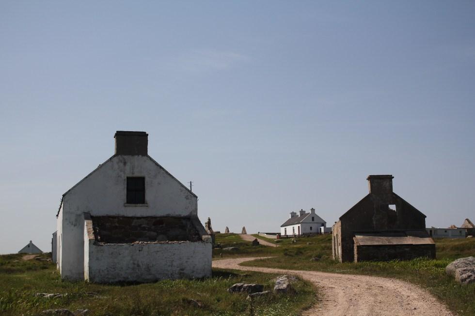 Houses on Gola