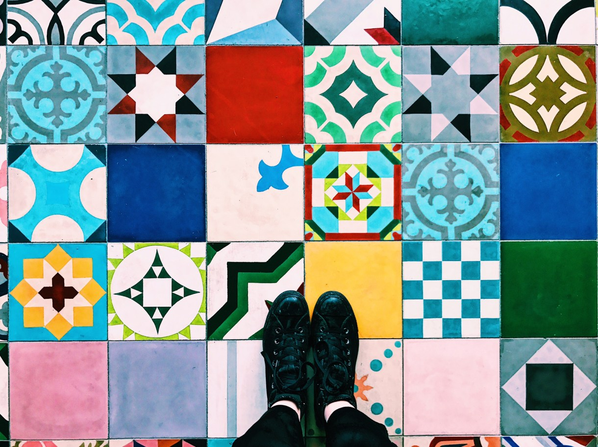 25hours-bikini-berlin-jungle-sauna-colourful-tiles