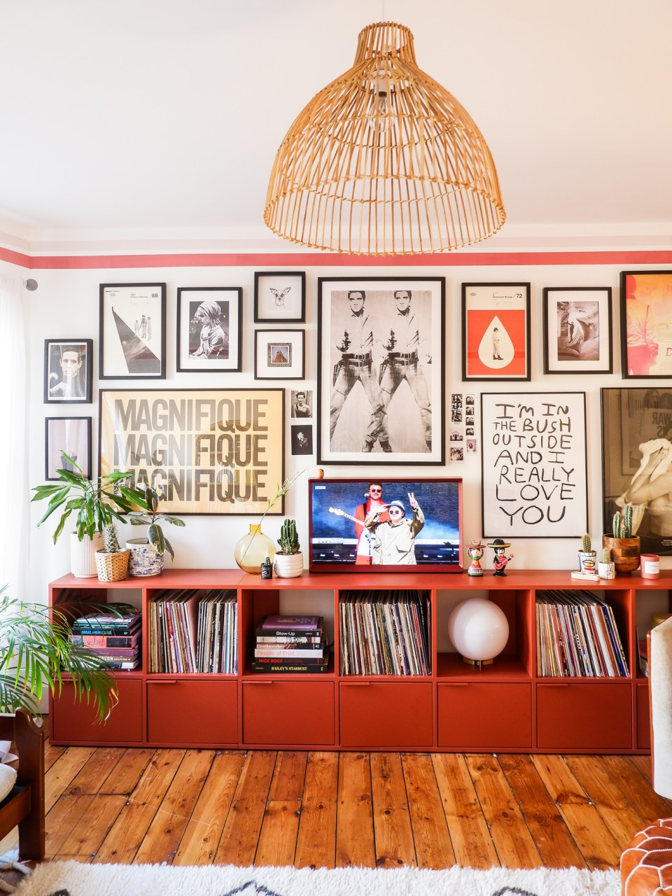 gallery wall in retro living room