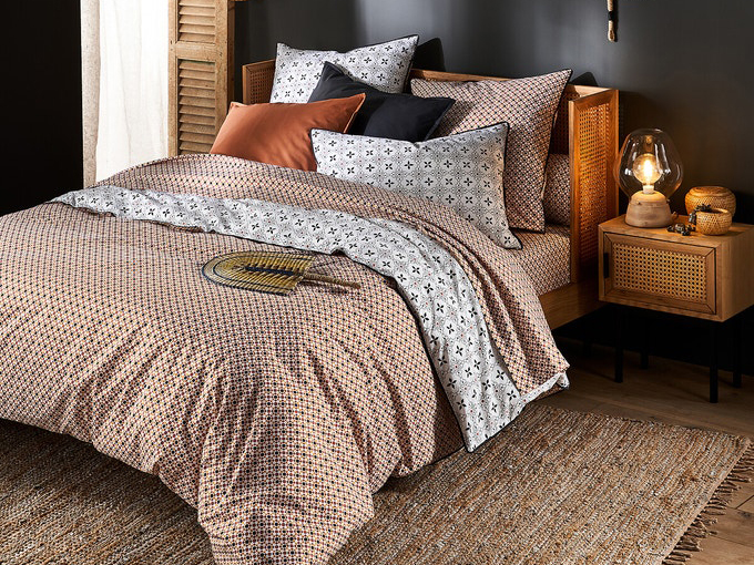 Geometric rattan bed